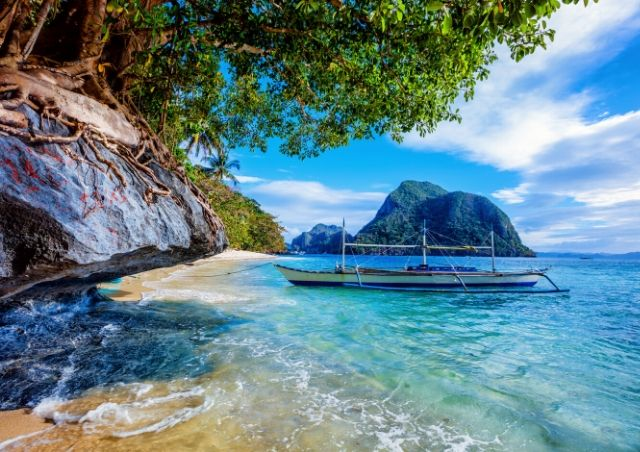 Palawan Islands, Philippines is one of the Top 10 Travel Destinations for 2020 #travelclans #Top10 #TravelDestinations #Palawan Islands #Philippines