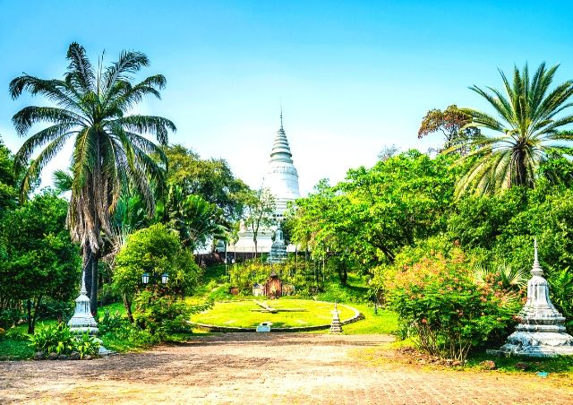 Phnom Penh, Cambodia is one of the Top 10 Travel Destinations for 2020 #travelclans #Top10 #TravelDestinations #Phnom Penh #Cambodia